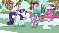 Spike grins; Rarity glances around MLPBGE