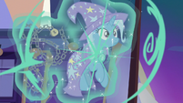 Trixie is teleported out of the metal chains S7E24