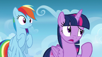Twilight confused by Sky Stinger's concern S6E24