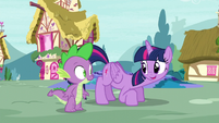 Twilight invites Spike to hop on S5E3