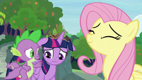 Twilight still depressed after talking to Fluttershy S9E26