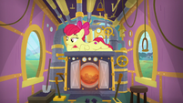 Apple Bloom in train's engine car S9E22
