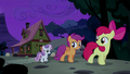 CMC sneak away from Appleloosa S5E6.png