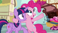 """Pinkie Pie """"all the way from Las Pegasus"""" S7E14.png"""