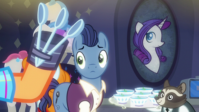 File:Stallion looking at Plaid Stripes' spoons S6E9.png