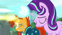 Starlight Glimmer starts casting her magic S7E25
