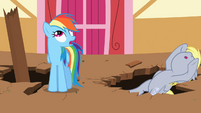 Derpy falling over again S2E14