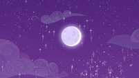 Glittery moon in the Crystal Empire sky S4E25