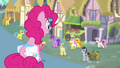 Pinkie Pie looking over pony crowd S4E12.png