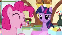 Pinkie reads Salespony's favorite treat file S7E3