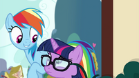 Rainbow and pony Sci-Twi look at each other EGSB