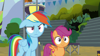Rainbow frowning; Scootaloo smiling S8E20