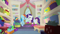 Rarity and Rainbow Dash in the shoe store S8E17