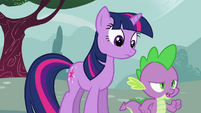 Spike walking towards Pinkie S3E03
