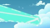 Starlight's magic beam goes through a cloud S5E26