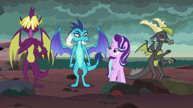 File:Starlight and Ember having fun together S7E1.png