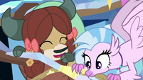 Yona and Silverstream in the treehouse S9E3