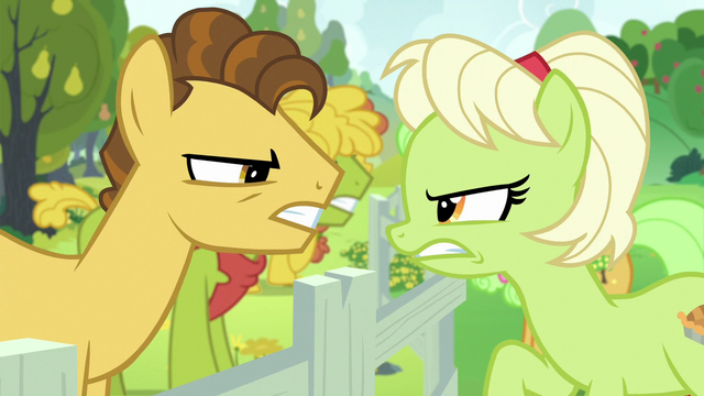 File:Young Grand Pear vs. young Granny Smith S7E13.png