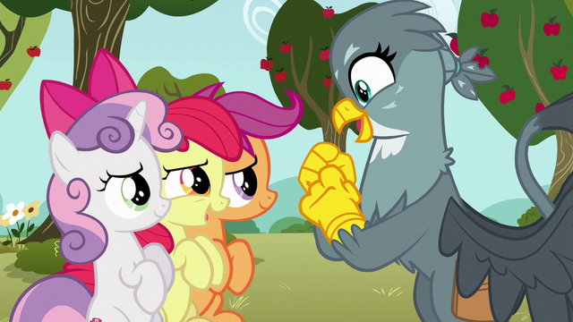 File:Apple Bloom says hello to Gabby S6E19.png