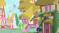 Beautiful Day in Ponyville S1E25.png