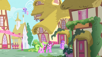 Beautiful Day in Ponyville S1E25