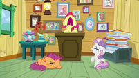 Cutie Mark Crusaders crying together S9E12