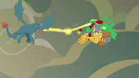 Flash Magnus flying away from the dragons S7E16