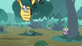 Giant roc carries Zecora into the sky S8E11.png