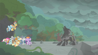 Pony of Shadows reeling back in pain S7E26