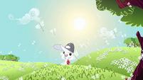 Angel cheering Fluttershy S2E22