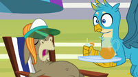 """Cranky Doodle """"this is too cold!"""" S8E15"""