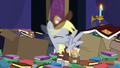 Derpy shaking off her dizziness S6E25.png