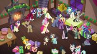 Foto de la fiesta del pueblo T06E08