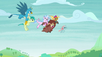 Friendship students flying through the sky S8E1