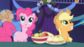 Pinkie Pie guessing S01E01.png