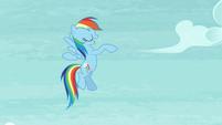 Rainbow does a little dance S5E15