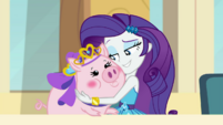 Rarity holding Applejack's pretty pig EGDS4