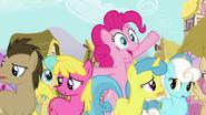 S03E03 Uśmiechnięty klon Pinkie