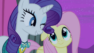 S04E14 Rarity mruga do Fluttershy