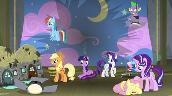 S08E07 Twilight i jej przyjaciele na zniszczonej scenie