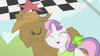 Sweetie Belle with Rarity S2E05