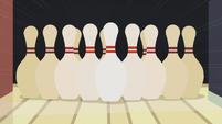 The bowling pins S5E9
