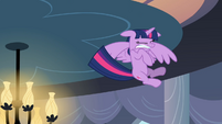 Twilight hits the ceiling S4E01