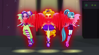 Adagio powering the other Dazzlings' pendants EG2