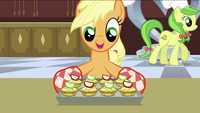 Applejack preparing the apple fritters S2E25