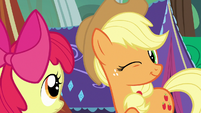 Applejack winking at Apple Bloom S7E16