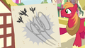 Big Mac with picture of flying Wonderbolts S4E21.png