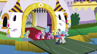 Celestia and Luna about to leave S9E13