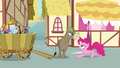 Cranky Doodle Donkey angry at Pinkie S02E18.png