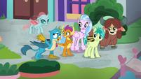 "Gallus ""this is Equestria!"" S8E22"